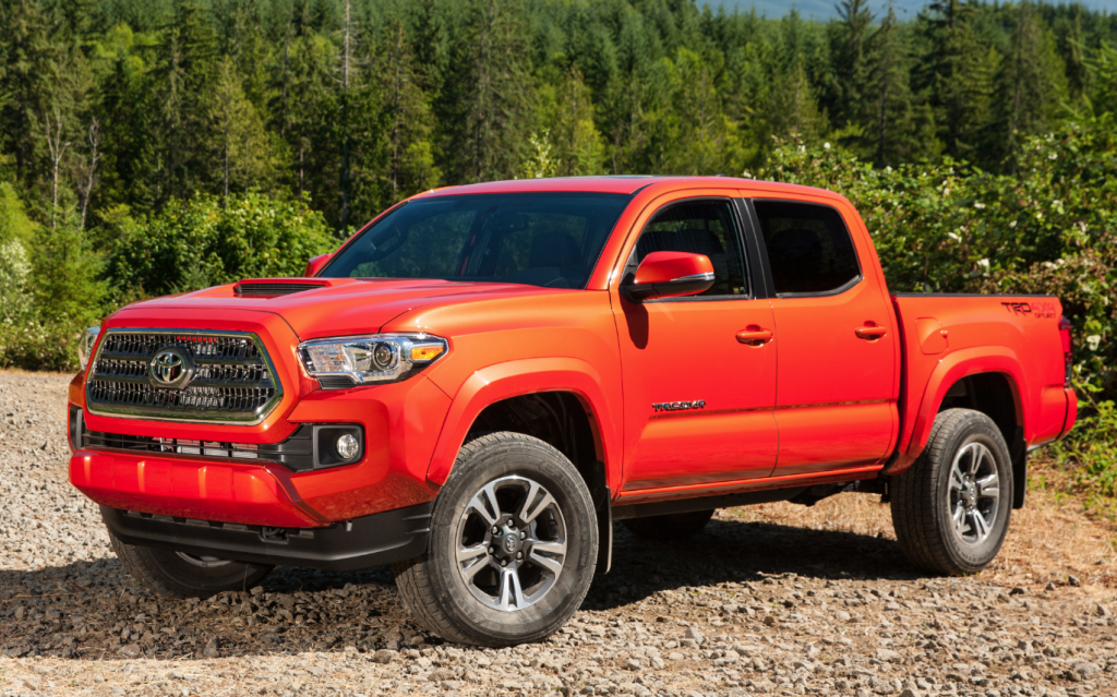 first spin 2016 toyota tacoma the daily drive. Black Bedroom Furniture Sets. Home Design Ideas