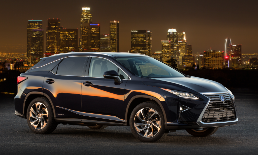first at daily drive hybrid shot the lexus rx screen spin