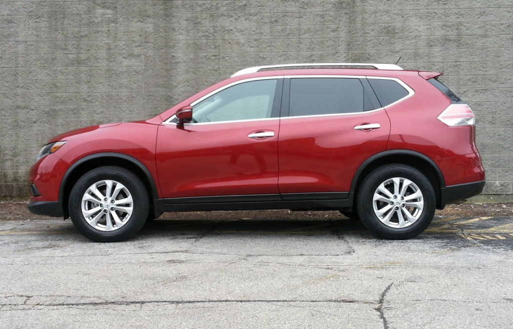 Nissan Rogue profile