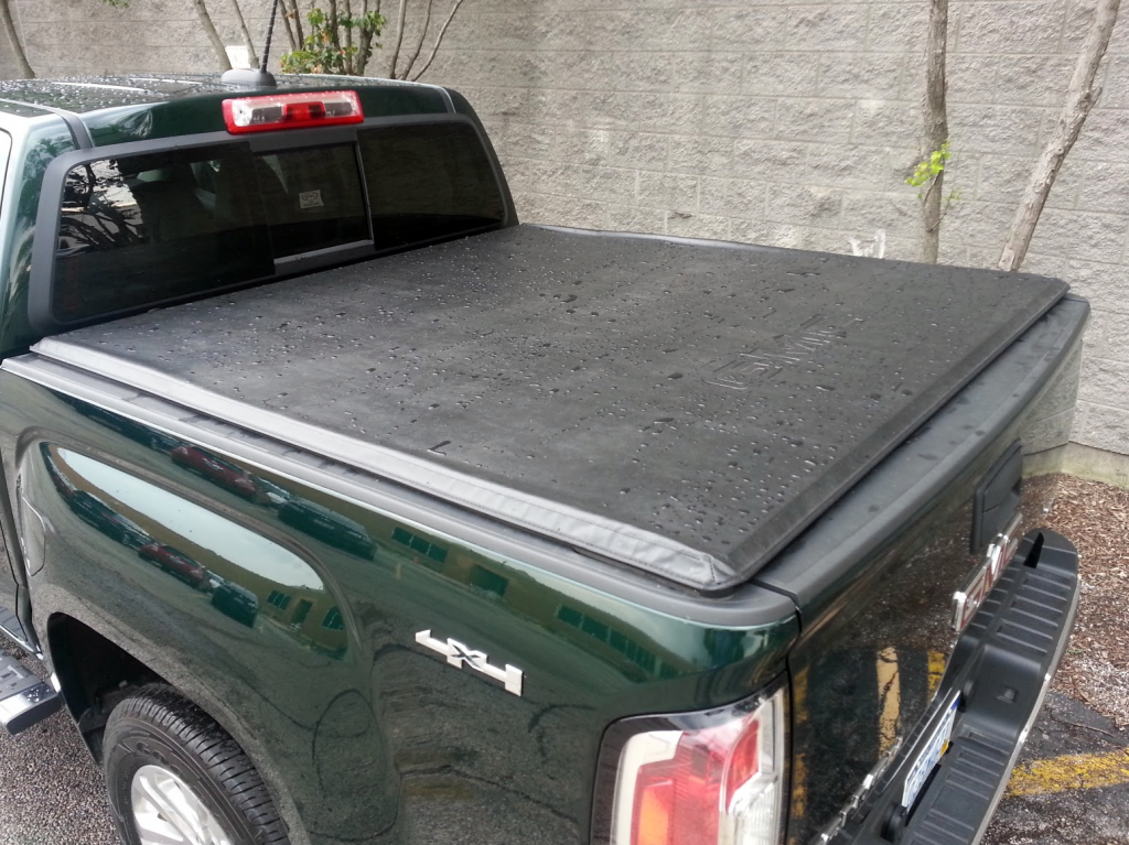 GMC Canyon tonneau cover