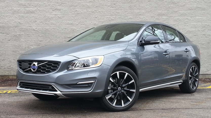 2016 Volvo S60, Volvo S60 Cross Country