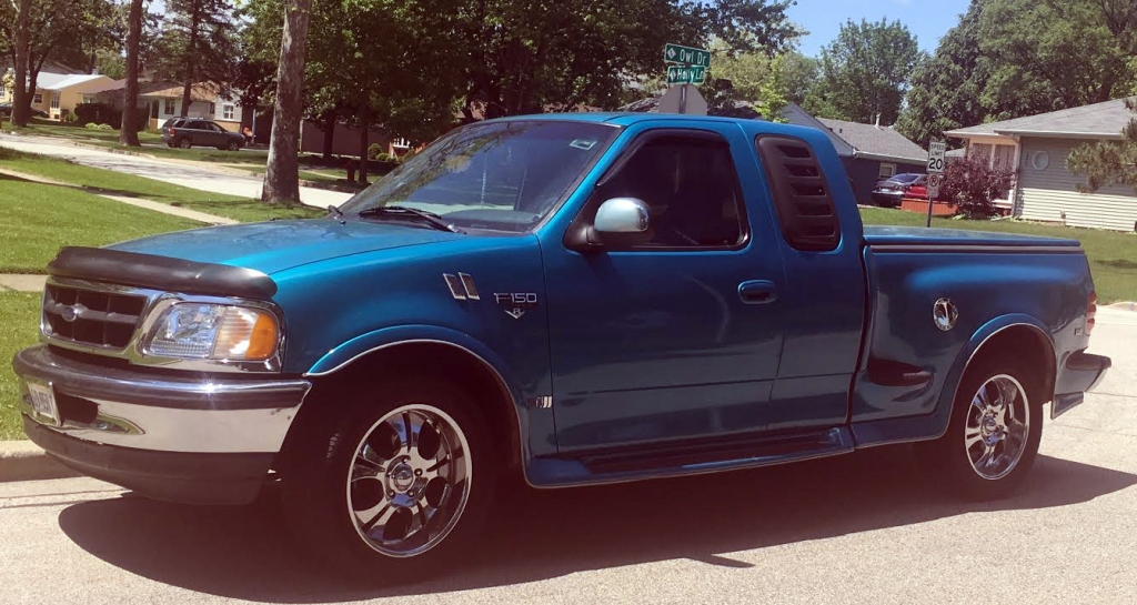 Mexican customized Ford F-150