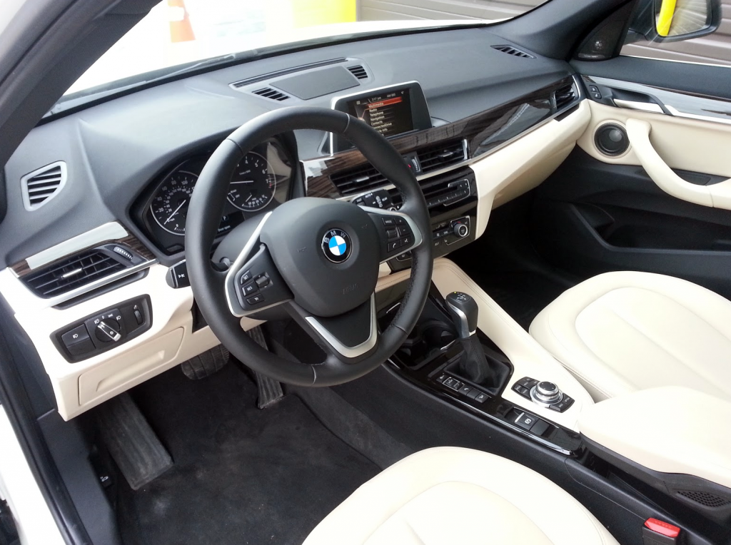 BMW X1 Door opening narrow
