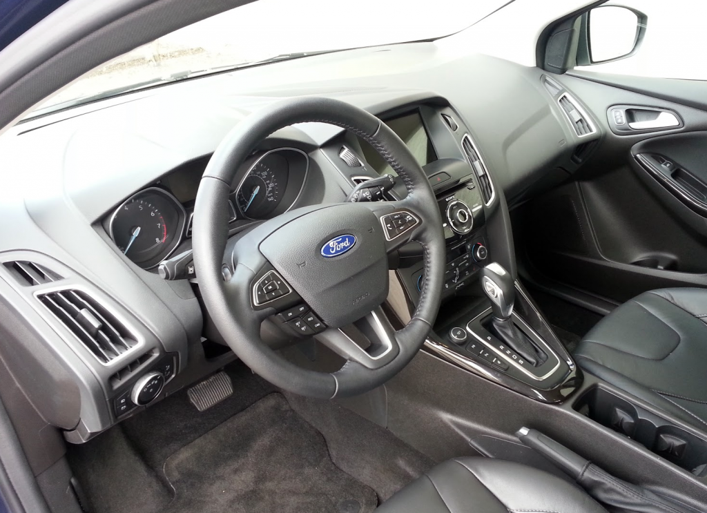 2016 Ford Focus interior