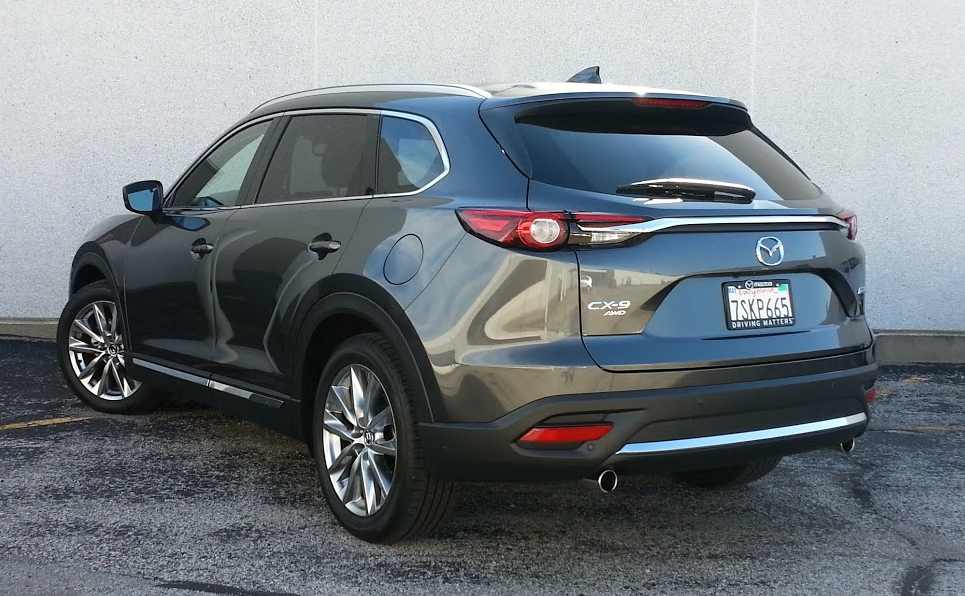 2016 Mazda CX-9 rear view