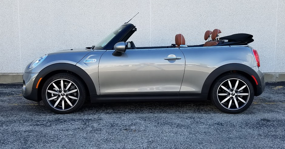 2016 mini in metallic sliver, profile