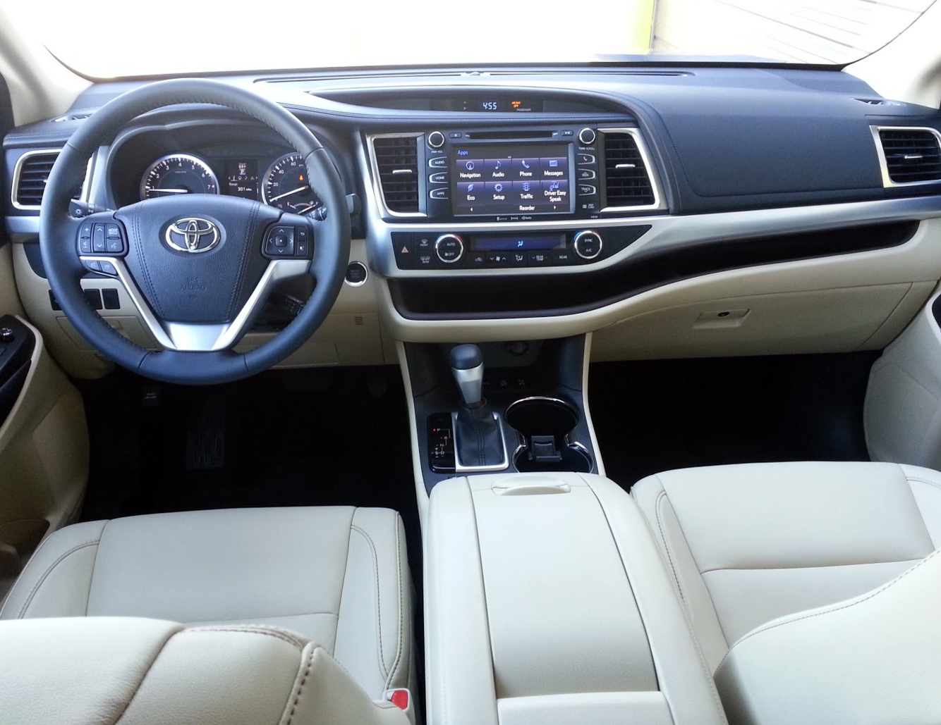 2016 Toyota Highlander The Daily Drive | Consumer Guide®