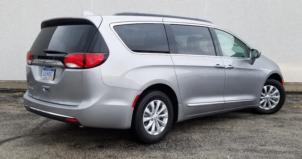 2017 Chrysler Pacifica rear view