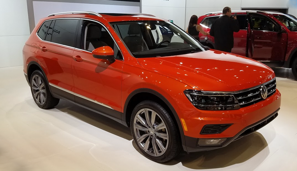 2018 Volkswagen Tiguan in Habanero Orange Metallic