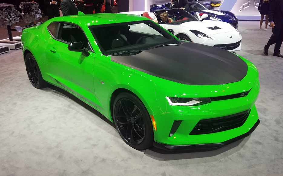 2017 Chevrolet Camaro 1LE in Krypton Green