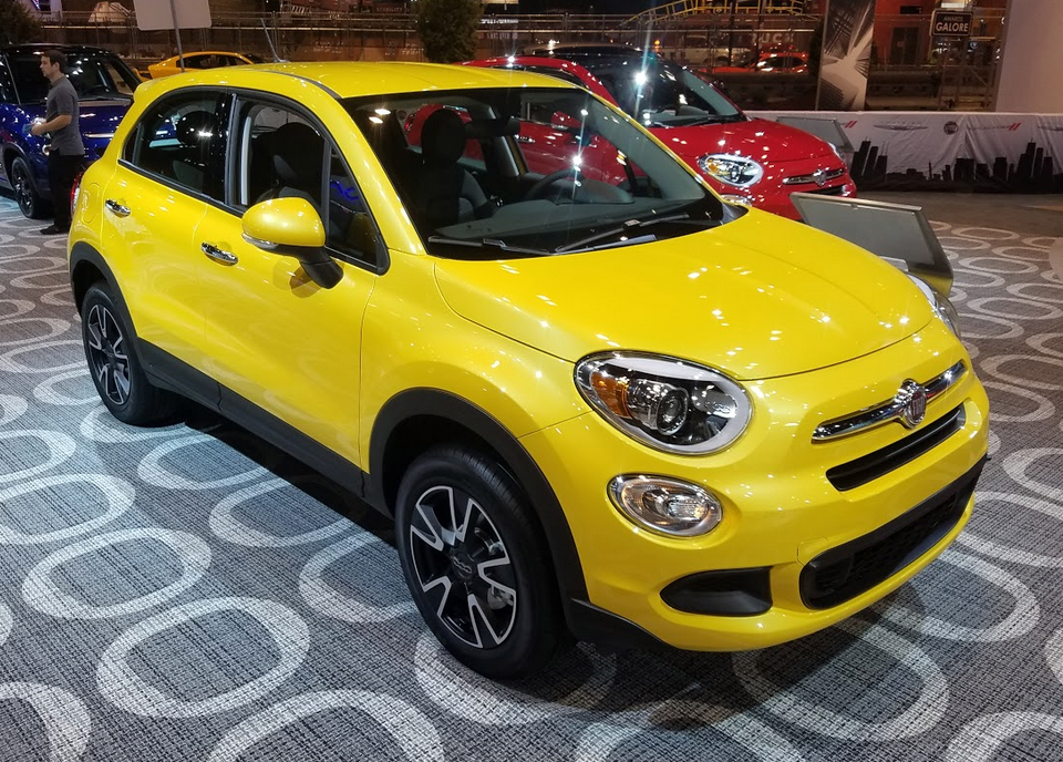 2017 Fiat 500X in Giallo Tristrato Tricoat Yellow