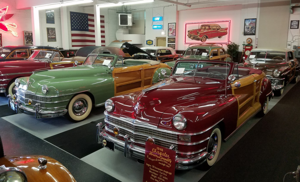 Chrysler Town and Country woodies