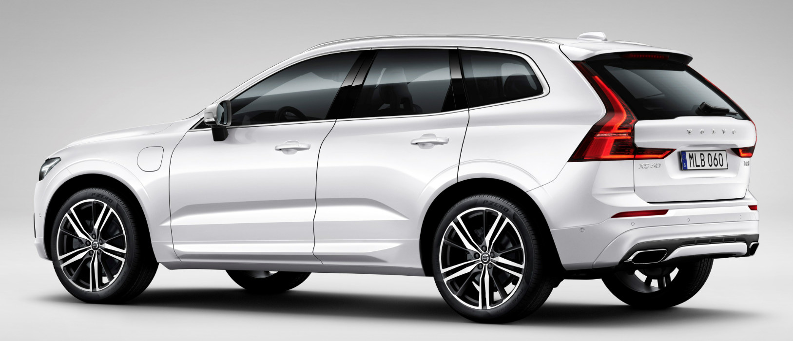 2018 Volvo Xc60 Side Sculpturing Is Much More Prominent On The Redesigned Which Grows A Bit In Overall Length And Quite Wheelbase