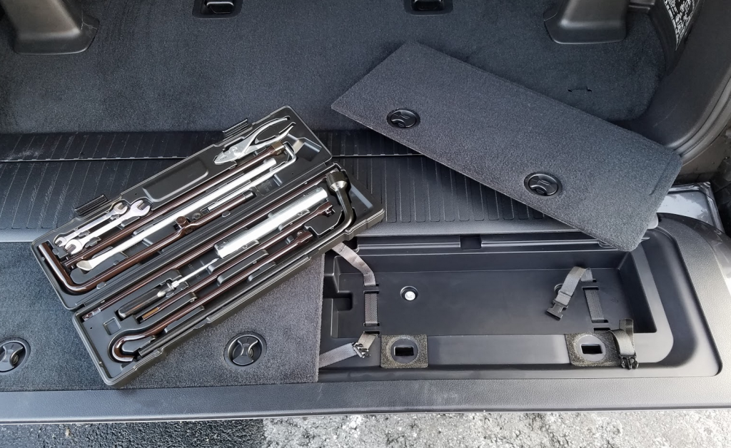 2017 Toyota Landcruiser Tool Kit