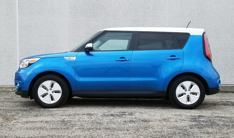 Kia Soul EV, White Wheels