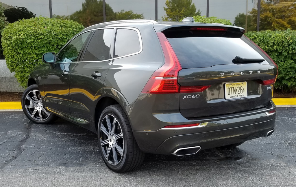 xc60 inscription volvo t6 trim chrome lower exterior drive level test body door logotype illuminated debossed bodyside include features screen