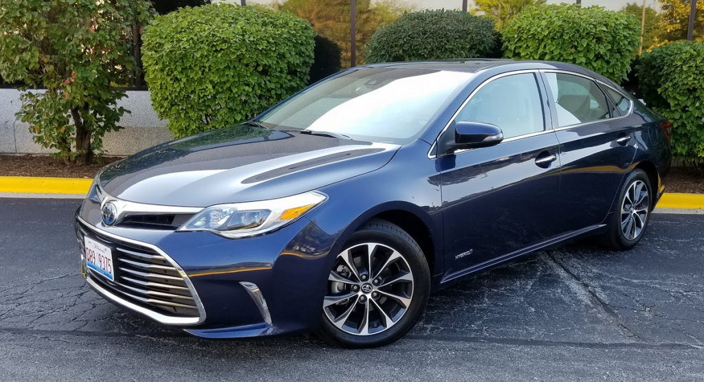 2017 Toyota Avalon Hybrid Xle Premium In Parisian Night Pearl