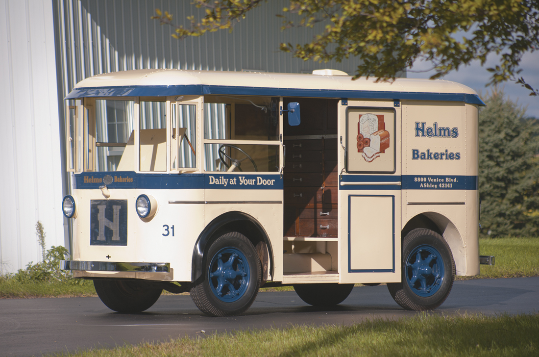 Photo Feature 1933 Twin Coach Bakery Truck The Daily