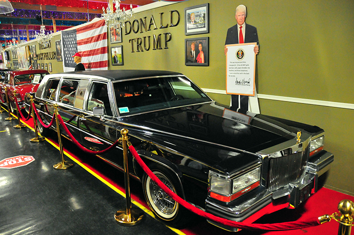 Trump Golen Series Limo