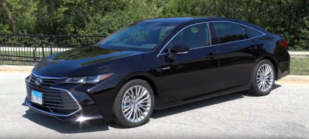 2019 Toyota Avalon Hybrid, Avalon Hybrid Video