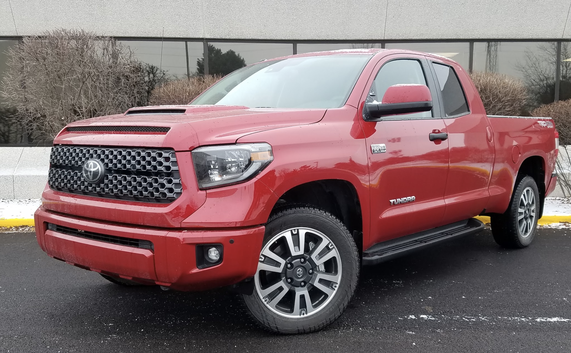 Toyota Pickup 4x4 >> 2019 Toyota Tundra SR5 Double Cab 4x4 The Daily Drive | Consumer Guide®