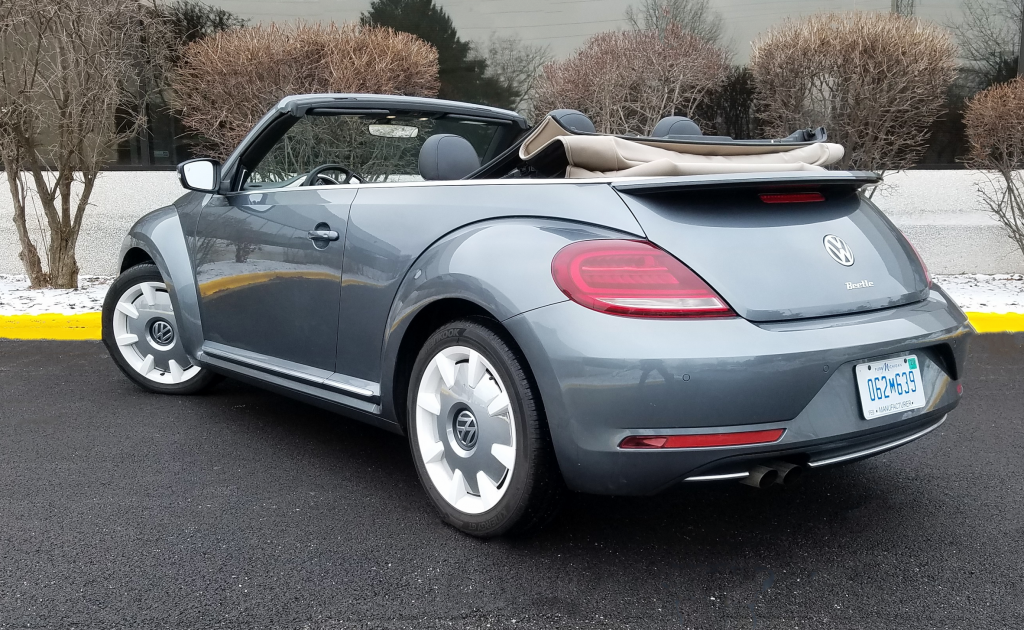 2019 Volkswagen Beetle Convertible Final Edition SEL in Platinum Gray