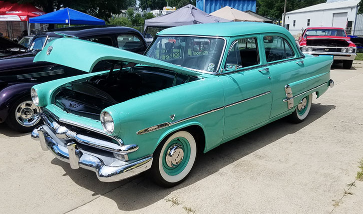 1953 Ford Customline four-door sedan