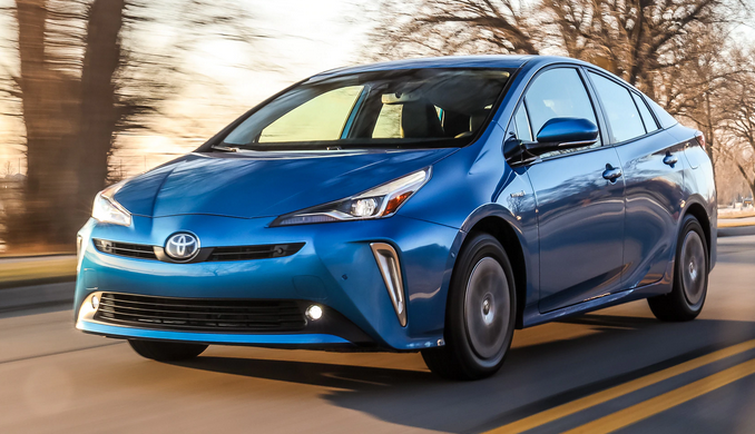 2019 Toyota Prius XLE AWD-e in Electric Storm Blue