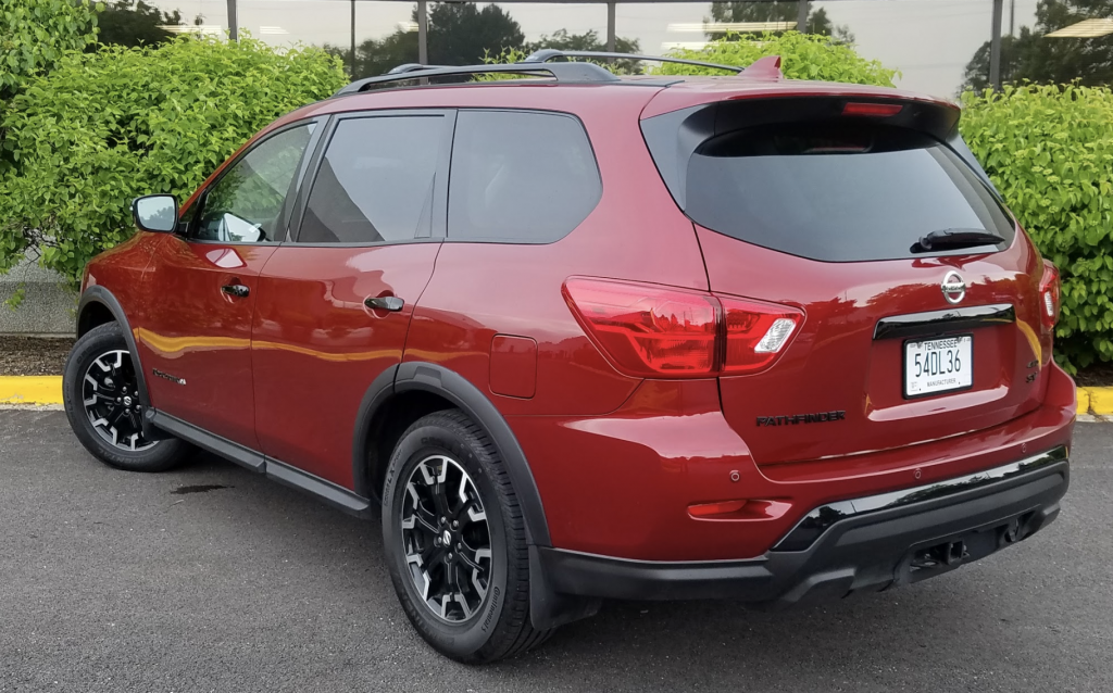 2019 Nissan Pathfinder Rock Creek Edition, Scarlet Ember