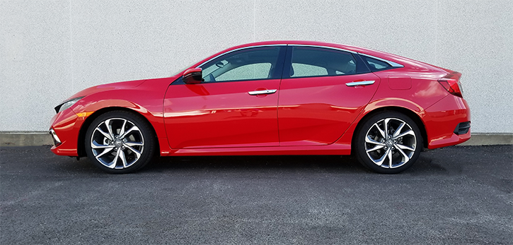 Honda Cvic in Rally Red, 2019 Honda Civic Touring