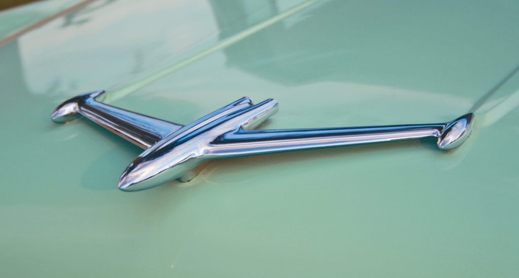 1956 Holiday Coupe, Hood Ornament