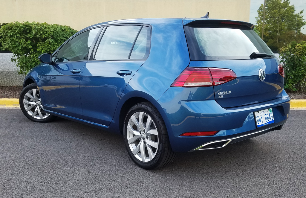 Volkswagen Golf, Silk Blue