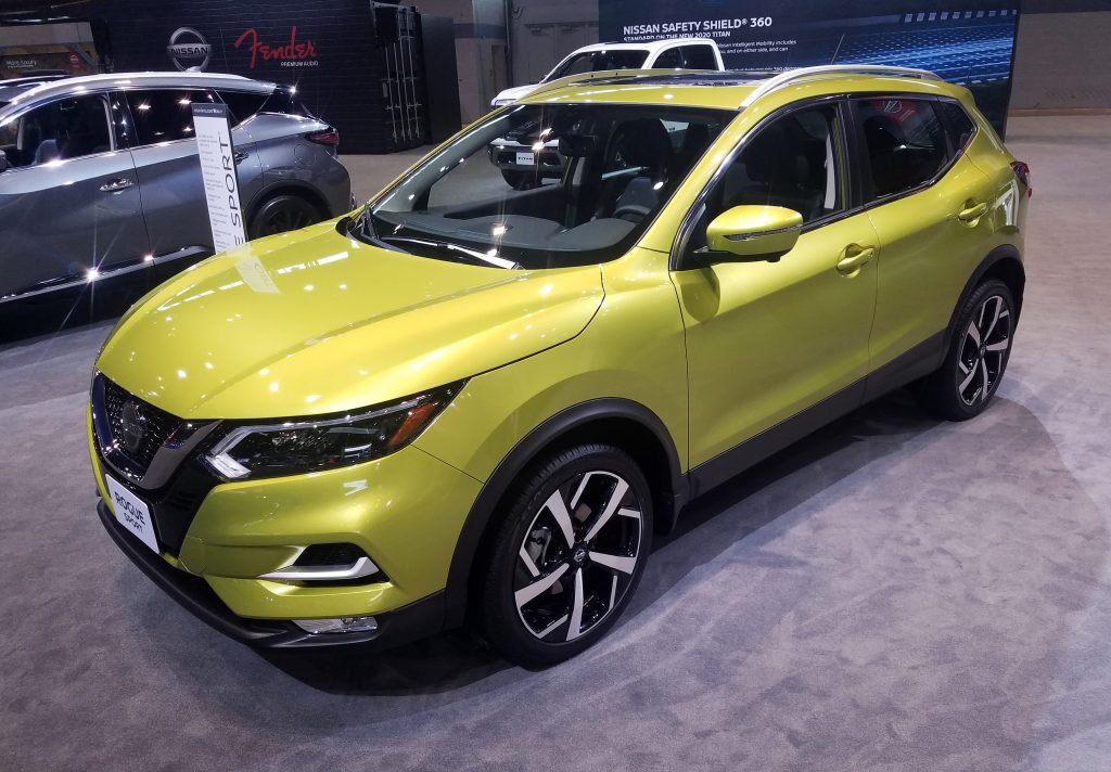 2020 Nissan Rogue Sport in Nitro Lime Metallic