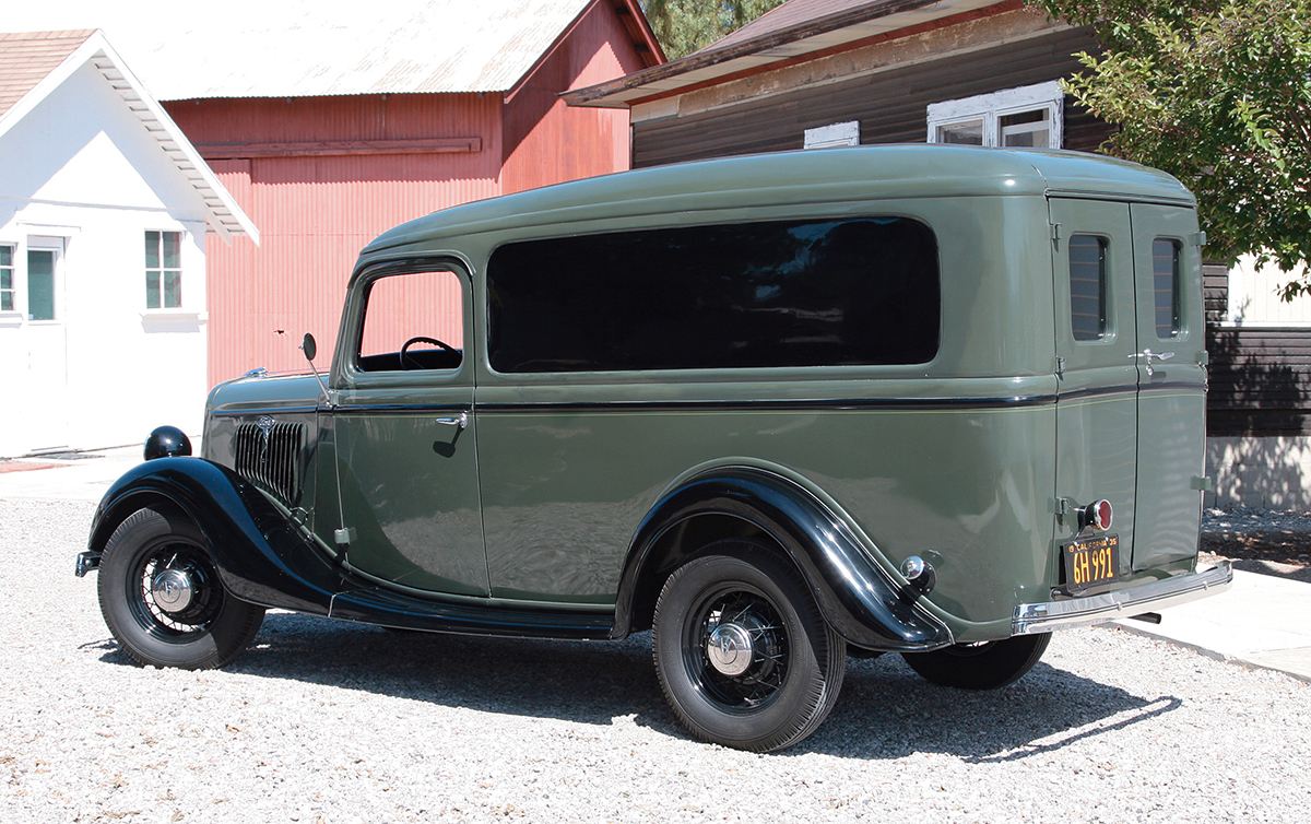1935 Ford Model 50 DeLuxe Panel Truck